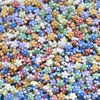 Pack Of 800 Mini Flower Beads